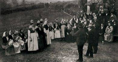 Origem e tradição das regueifas e cantares ao desafio na Galiza e em Portugal