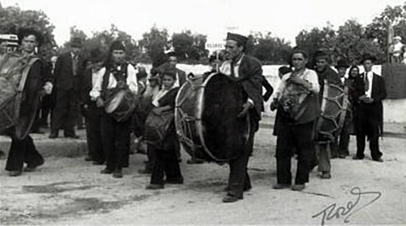 Bombos e Tambores | Instrumentos musicais tradicionais