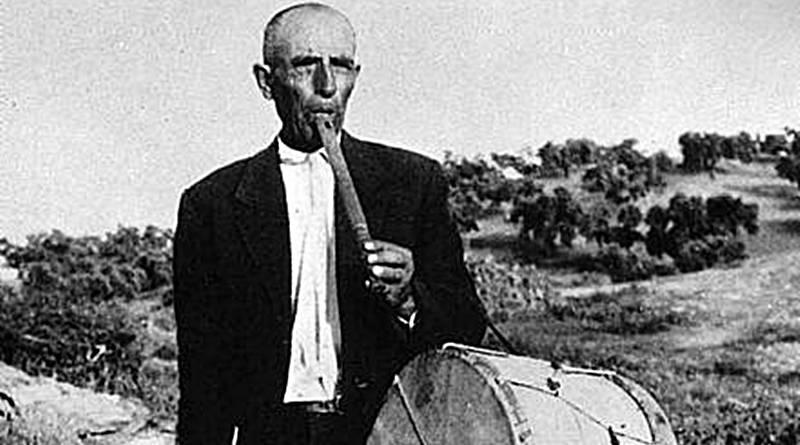 Caixa e Tamboril | Instrumentos musicais tradicionais
