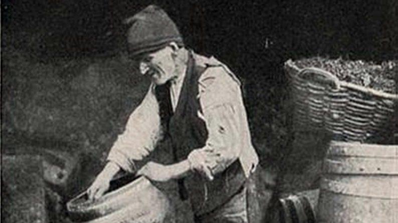 A Indústria Chapeleira e o Traje Tradicional