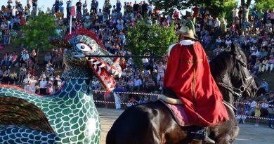 A Coca de Monção | A luta de São Jorge contra o dragão