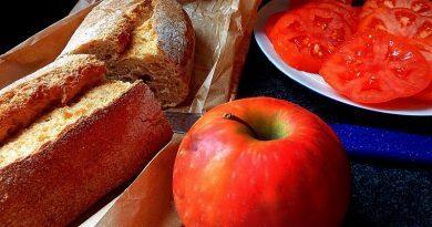 Provérbios populares sobre os frutos e sobre o pão