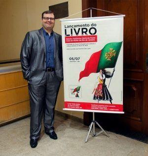 Ígor Lopes - Apresentação de livro sobre o folclore minhoto no Brasil